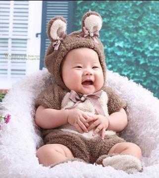 可爱宝宝百日照