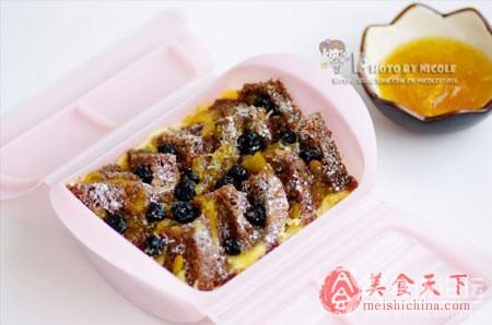 香蓝莓面包布丁